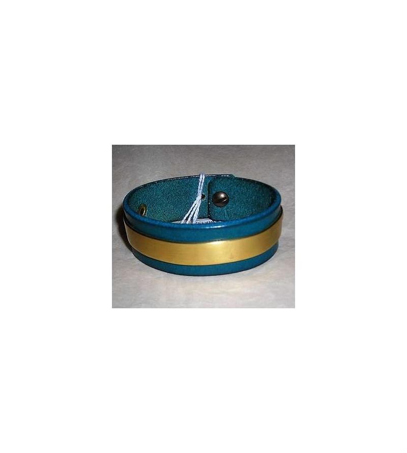 Bracelet en cuir bleu avec plaque de laiton