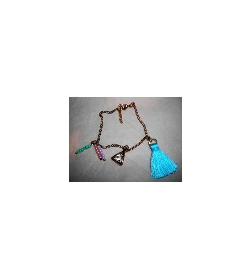 Bracelet doré perles, pierre & pompon