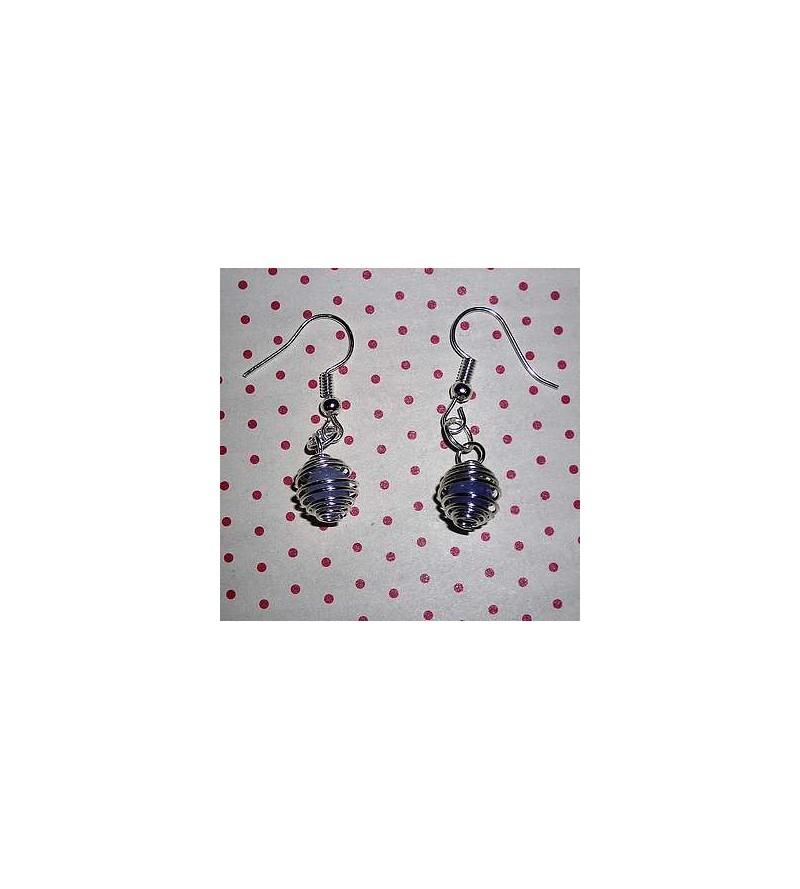 Paire de boucles d'oreilles perle d'aigue-marine en cage argentée